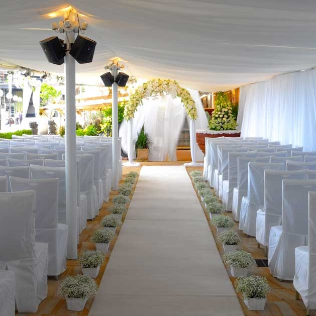 ceiling_draping_marquee_wedding_sydney_the_rocks_white_weddings.jpg