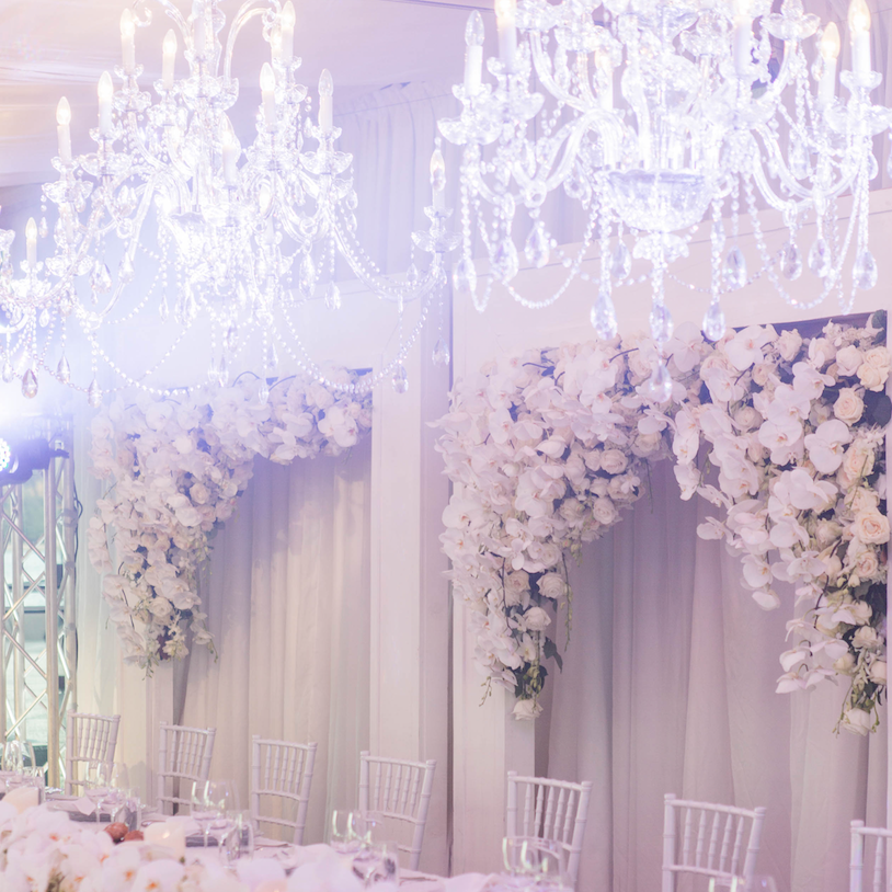 full_crystal_chandelier_hire_rental_sydney_weddings_events.png