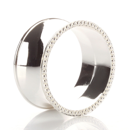 Front_Photo_silver_napkin_ring.png