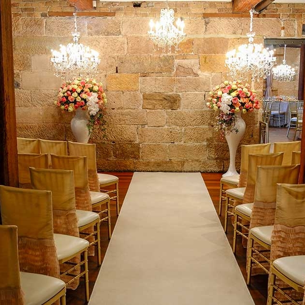 Sydney_wedding_ceremony_grand_madonna_vase_urns_pedestals_plinths_decor.jpg