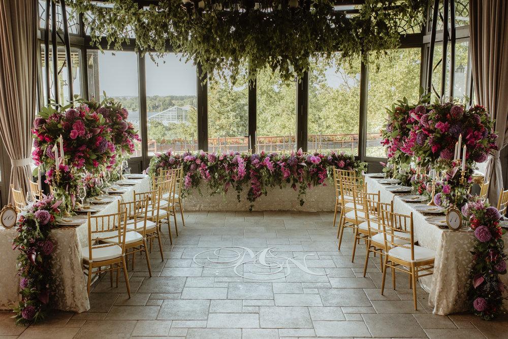 Indoor_garden_destination_wedding_greenery_centrepieces_gold_decor.jpg