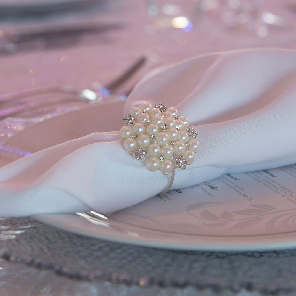 Opera_house_sydney_white_wedding_pearl_napkin_ring.jpg
