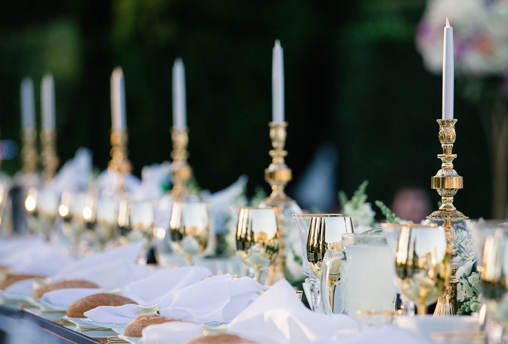 Miramare_gardens_outdoor_wedding_sydney_crystal_candlesticks_gold_goblets_fresh_flowers_bridal_table.jpg