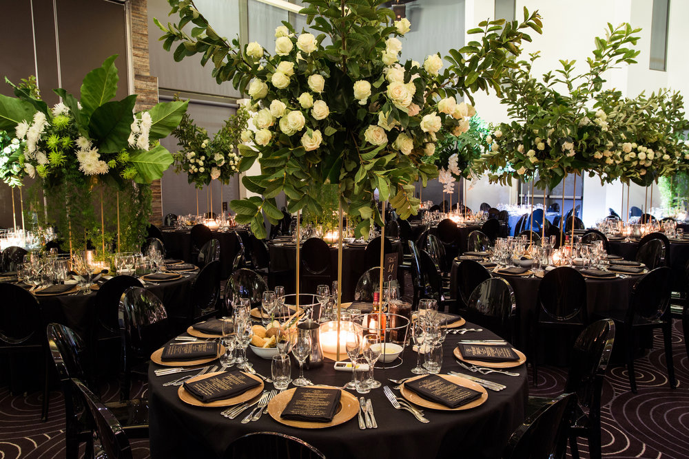 waterview_black_gold_wedding_greenery_centrepiece.jpg