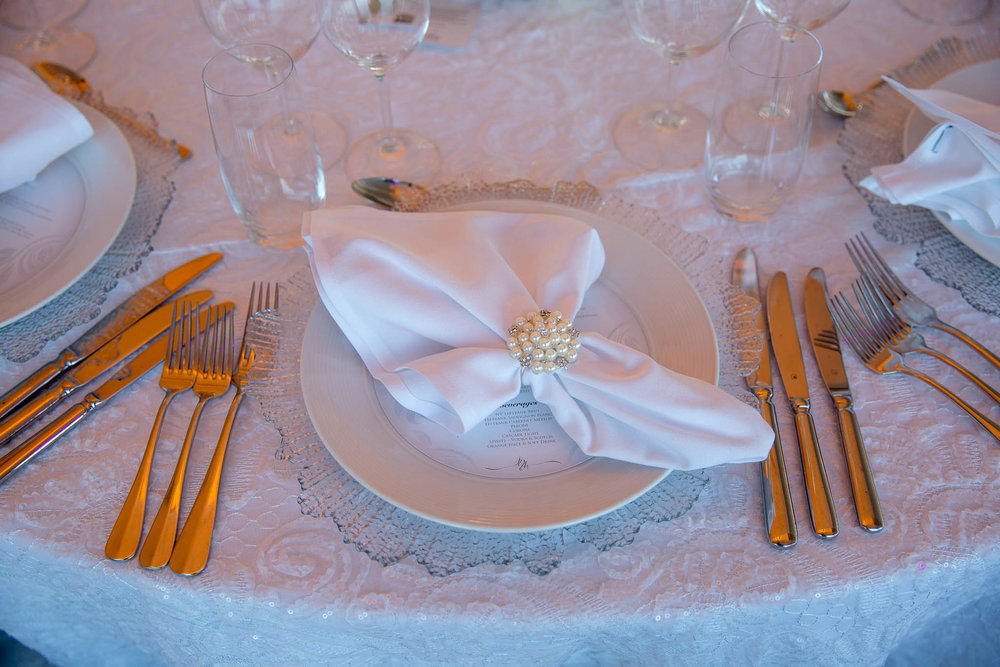 opera_house_elegant_white_wedding_charger_plate_napkin_ring.jpg
