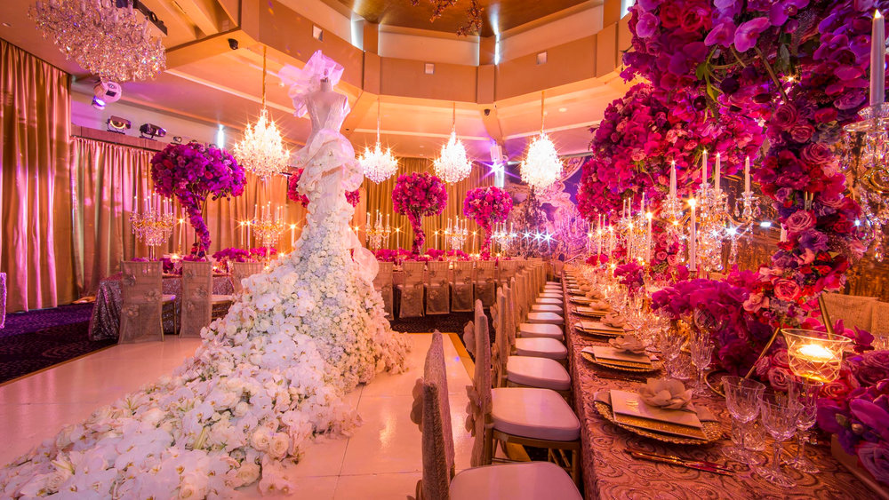 karen_tran_luxury_floral_design_sydney_centrepieces_luxury_linen.jpg