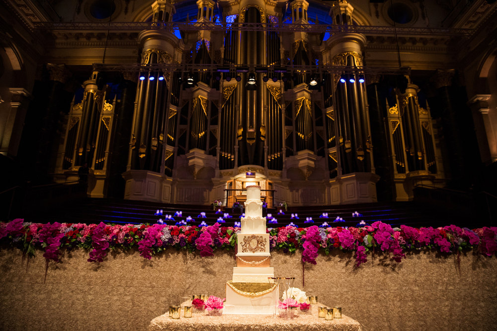 sydney_town_hall_luxury_wedding_regal_gold_red.jpg