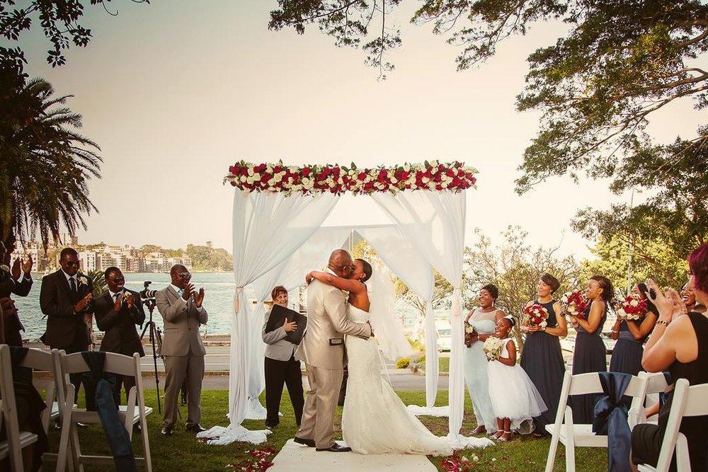 white_aisle_runner_hire_sydney_dawes_point_park_weddings_the_rocks_sydneyjpg.jpg