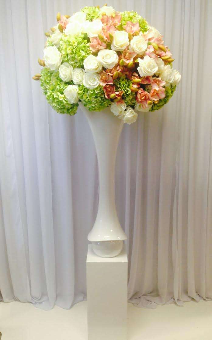 Sydney_wedding_ceremony_mary_jane_vase_urns_pedestals_plinths_decor_fresh_flowers.jpg