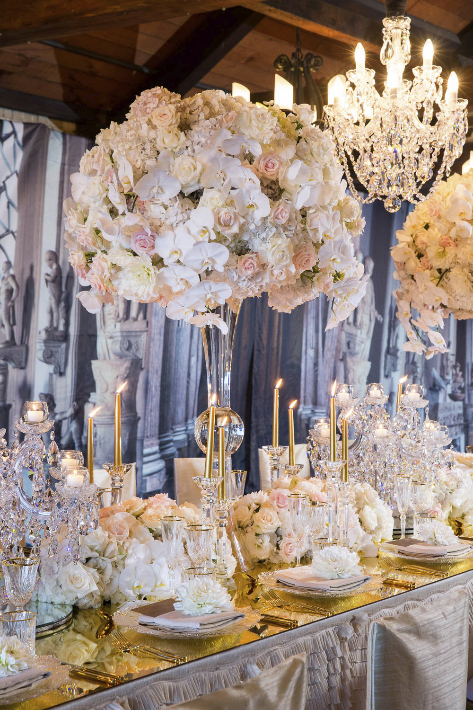 double_vase_fresh_floral_centrepiece.jpg