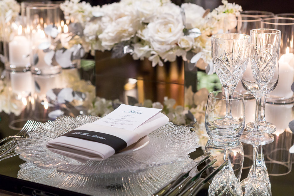 clear_crystal_cut_charger_plate_wedding_setting_2.jpg