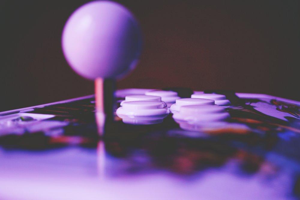 arcade-arcade-controller-arcade-stick-374914.jpg