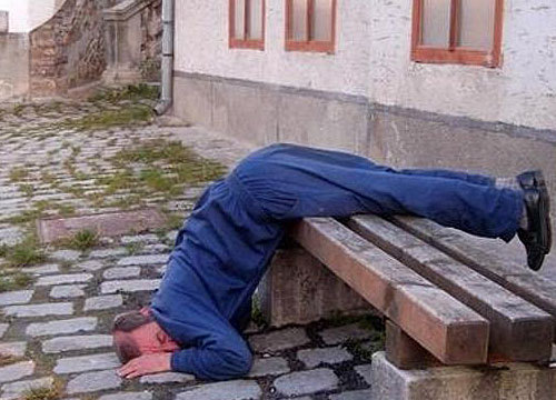 funny-sleeping-posture-429-2