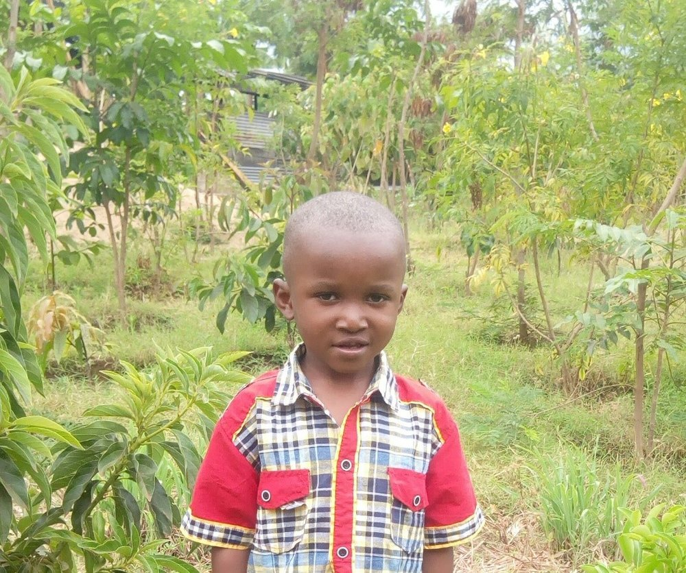 Pastory - Jambo! Jambo! My name is Pastory, I am 4 years old. I like eating rice. I enjoy when we do Yoga. What makes me happy is swinging. I don't enjoy when I cry. When I grow up I would like to become a teacher.