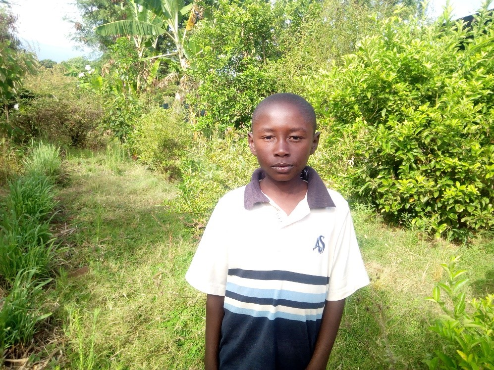 Emmanuel - Jambo! Jambo! My name is Emmanuel, I am 10 years old. I like eating stiff porridge. I enjoy Yoga. What makes me happy is playing with my friends. I don't enjoy when am hungry. When I grow up I would like to become a doctor.