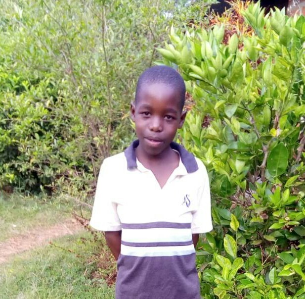 Pascal - Jambo! Jambo! My name is Pascal, I am 10 years old. I like eating rice with beans. I enjoy playing football. What makes me happy is doing Yoga. I don't enjoy when I make mistake at home. When I grow up I would like to become a teacher.