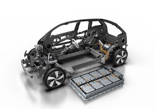 MNMay3_BMW_i3_battery2.jpg