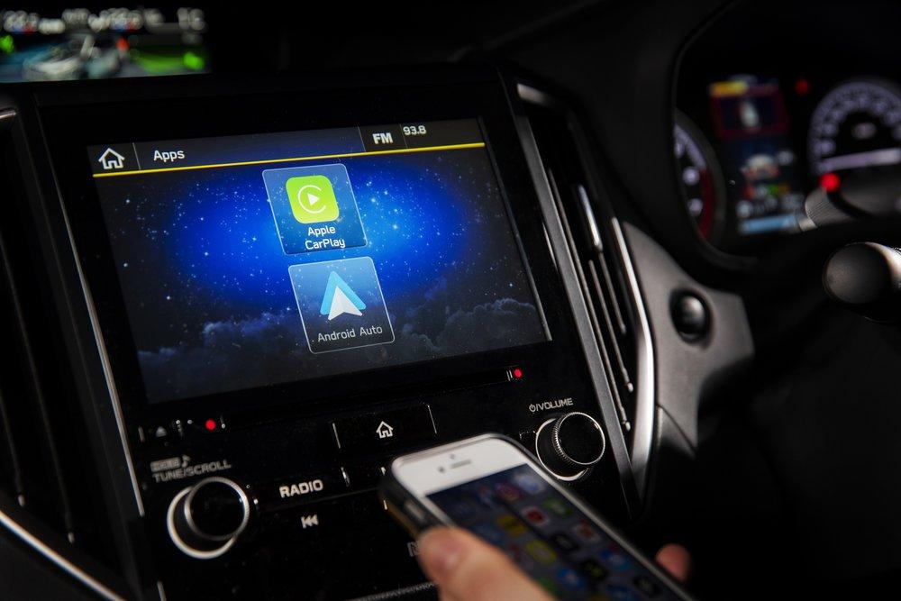 Subaru Forester 2.5 Premium interior LR 6.jpg