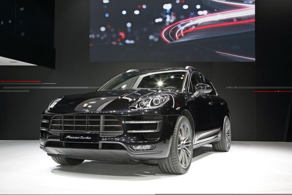 Porsche_Macan_Asia_Premiere_Tokyo_Motorshow_2013.jpg