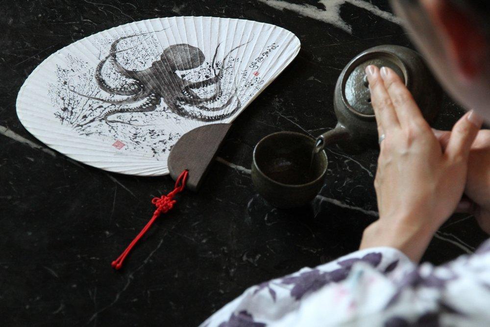 Octopus Hand Fan