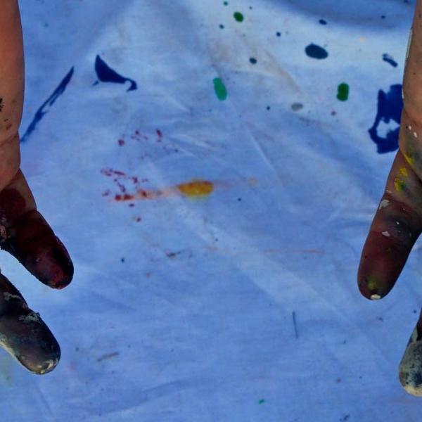 TRAVELLING ARTIST RESIDENCY -