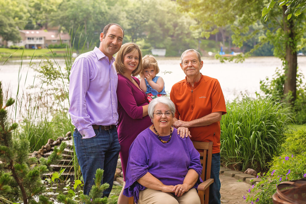 Groh Family 2017-1675.jpg