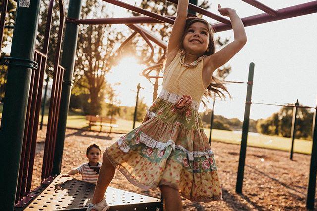 Conquering the monkey bars.  #playground #celebratechildhood #childhood #momtogs #fall #inbeautyandchaos #uniteinmotherhood #journeytoartist #liveauthentically #motherhoodunplugged #documentlife #connectingmoms #runwildmychild #instagood #childhoodunplugged #candidchildhood #momswithcameras #adventuresofchildren #clickinmoms #mom_hub #clickmagazine #lightinspired #DOCU100 #stephanielovaephotography