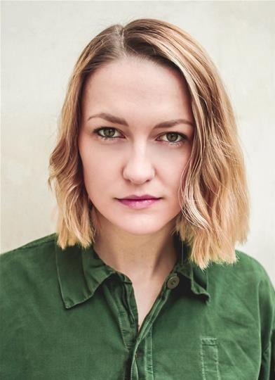 Lizzie Mountier - Jade