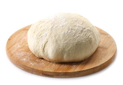 pizza dough_127623165_XS.jpg