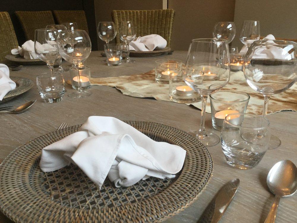 Komen eten - Één grote gedekte tafel, één menu max 12 personen