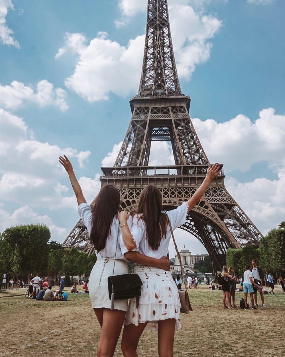 Eiffel Tour Together