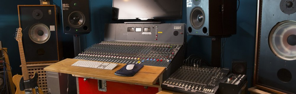 airnstudio-recording-studio-secretsundazestudios-london-gb-16-1.jpg
