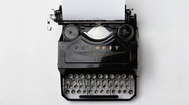 Old-Typewriter.jpg
