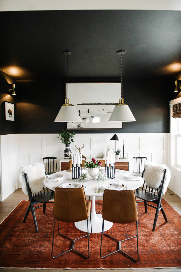 This dining room will   always   be one of my favorites!! (via  Suburban Bees )