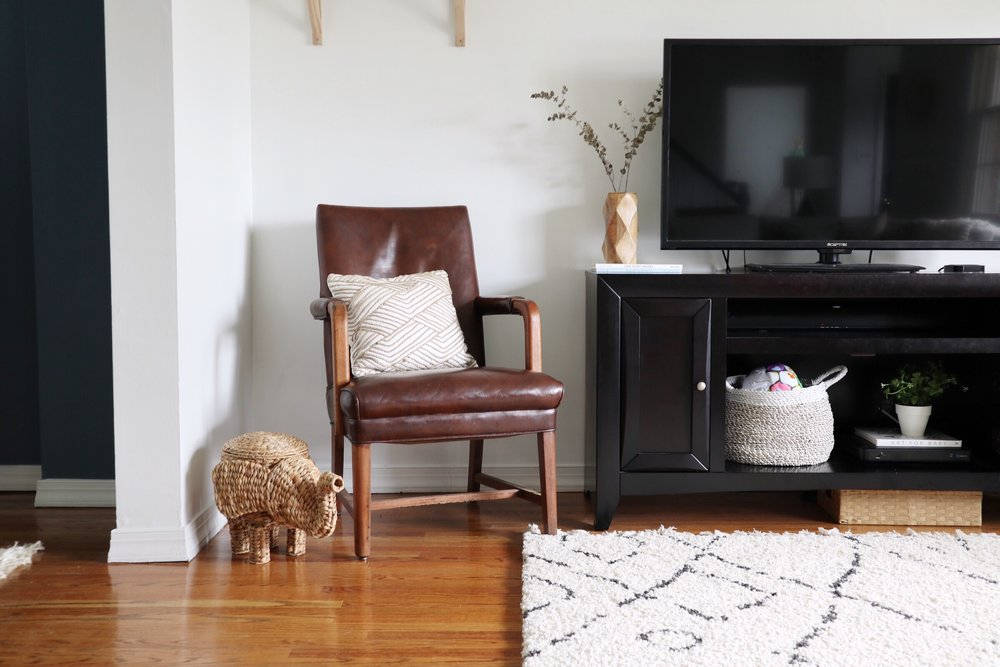 Leather+Chair+Living+room+Opalhouse.jpg