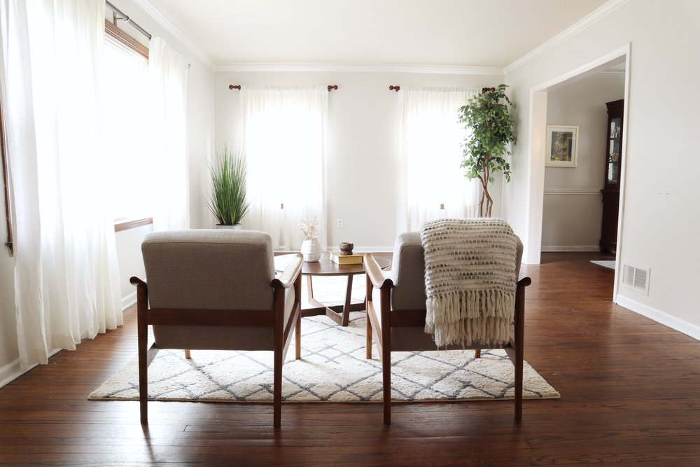 Modern-Bright-Living-Room-Makeover.jpg