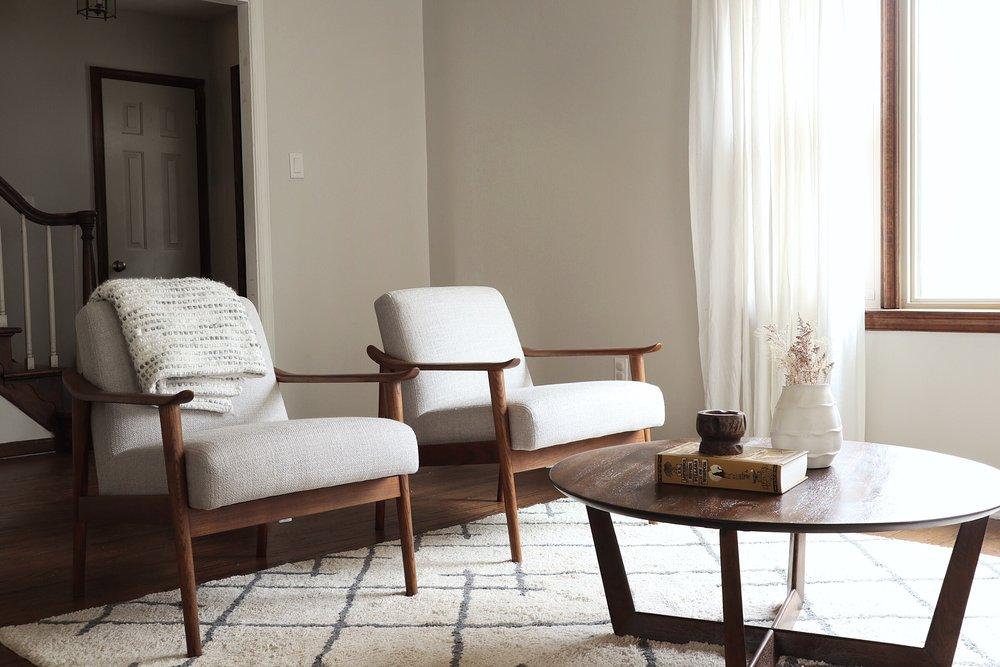 Traditional-Modern-Boho-Living-Room.jpg