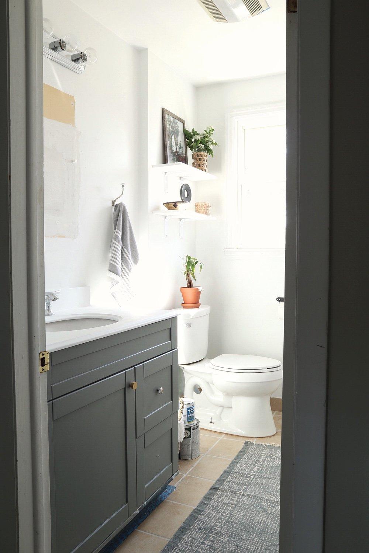 DIY-bathroom-makeover.jpg