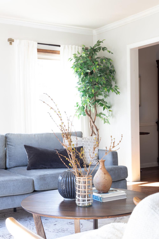 light-airy-living-room-decor.JPG