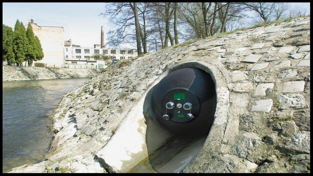 Tetteplugger monteres i begge ender av rørstrekket og tetthetsprøves med trykkluft eller undertrykk (vakuum)