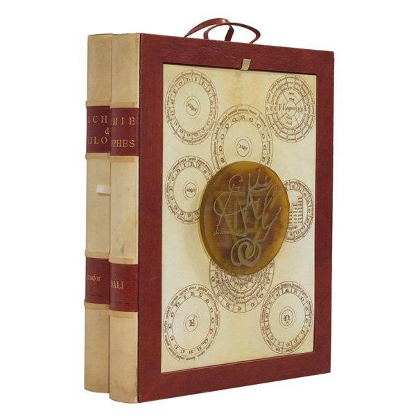 Alchimie des philosophes  ,1976  Porfolio de diez grabados con punta seca litografía, serigrafía, collage y piedra intaglio  Libro : 83 x 20 x 61,5 cm  Grabados: 77 x 57 cm  Edición de 225