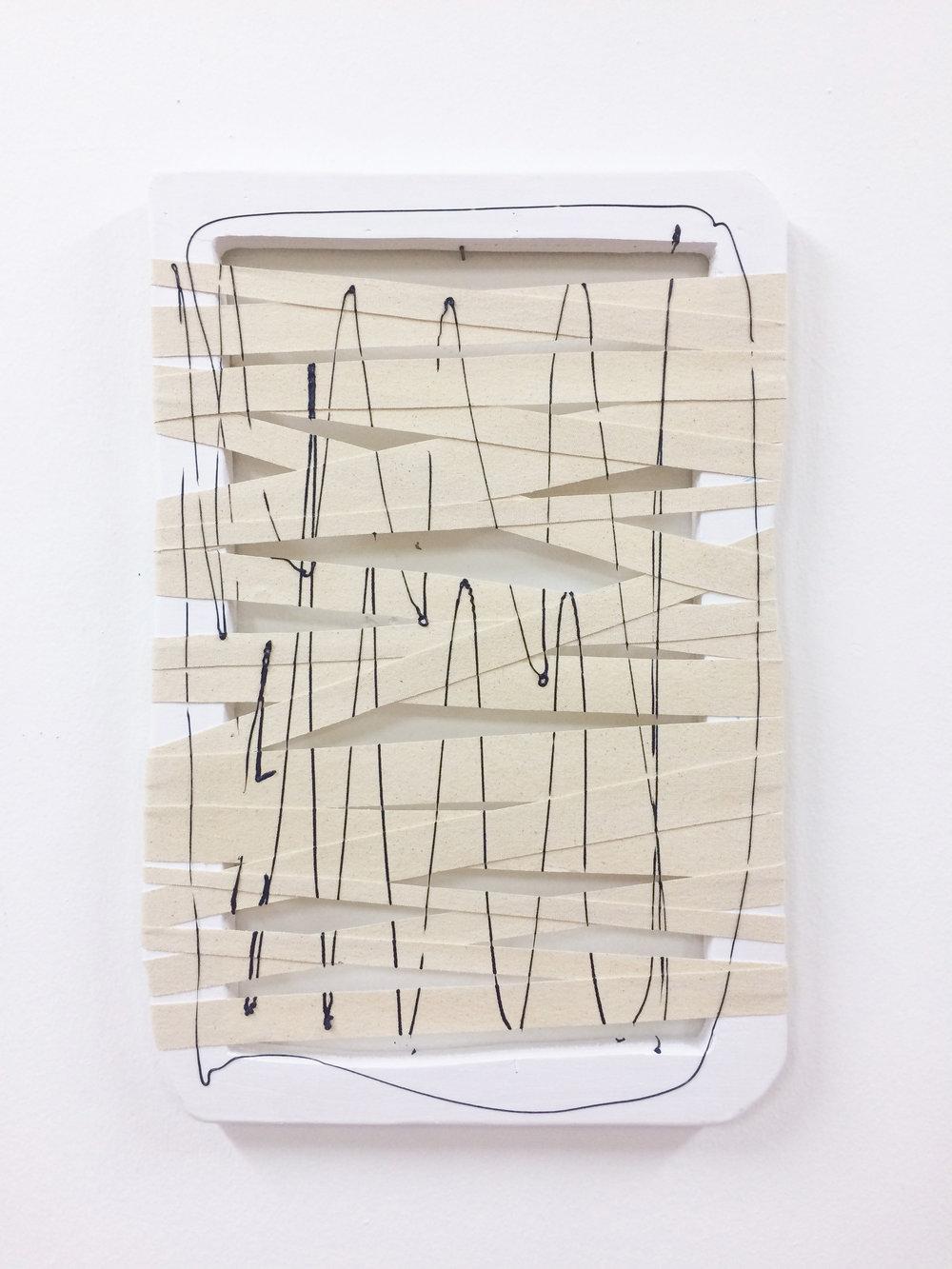 Giro  , 2017  Acrílico, lienzo y madera  32 x 35 cm