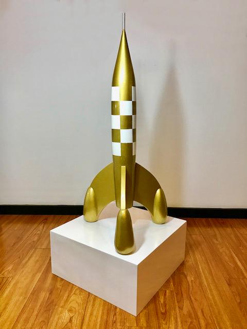 Cohete  , 2017  Madera, resina y recubrimiento electrostático  100 x 18 cm