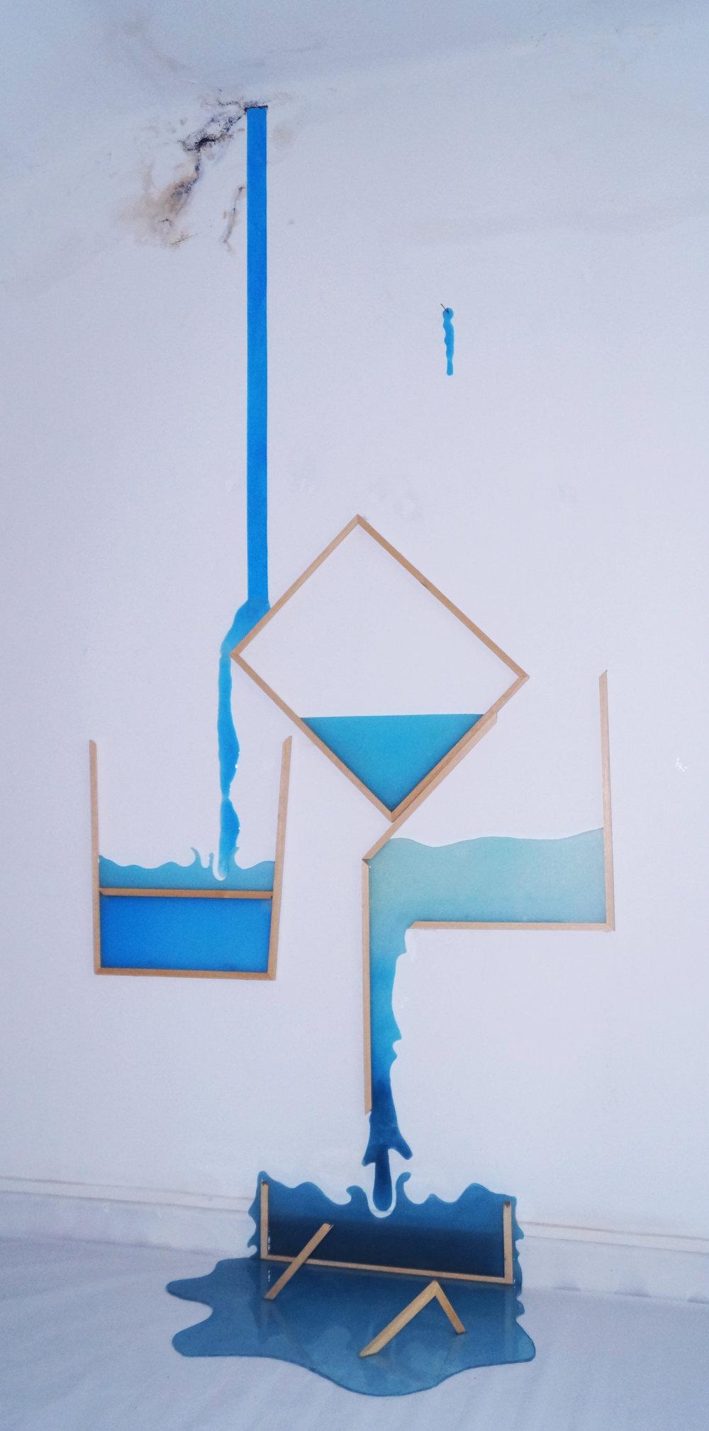 Incontenibles,  2016  Metacrilato, epoxi, colorantes, marcos de madera y clavos  250 x 150 x 50 cm