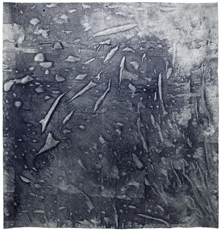 Maria Trabulo    Wine Dark Seaw , 2016-2017  Agua de mar sobre tela.  150 x 150 cm