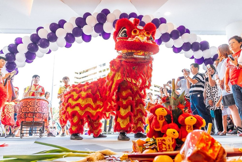 Lion Dance Performance: - • Twin lions plucking-the-green performance• Lions conquering the peak performance (m)• Lions leaping on high pole performance• Traditional lion dance performance with props• L.E.D lions