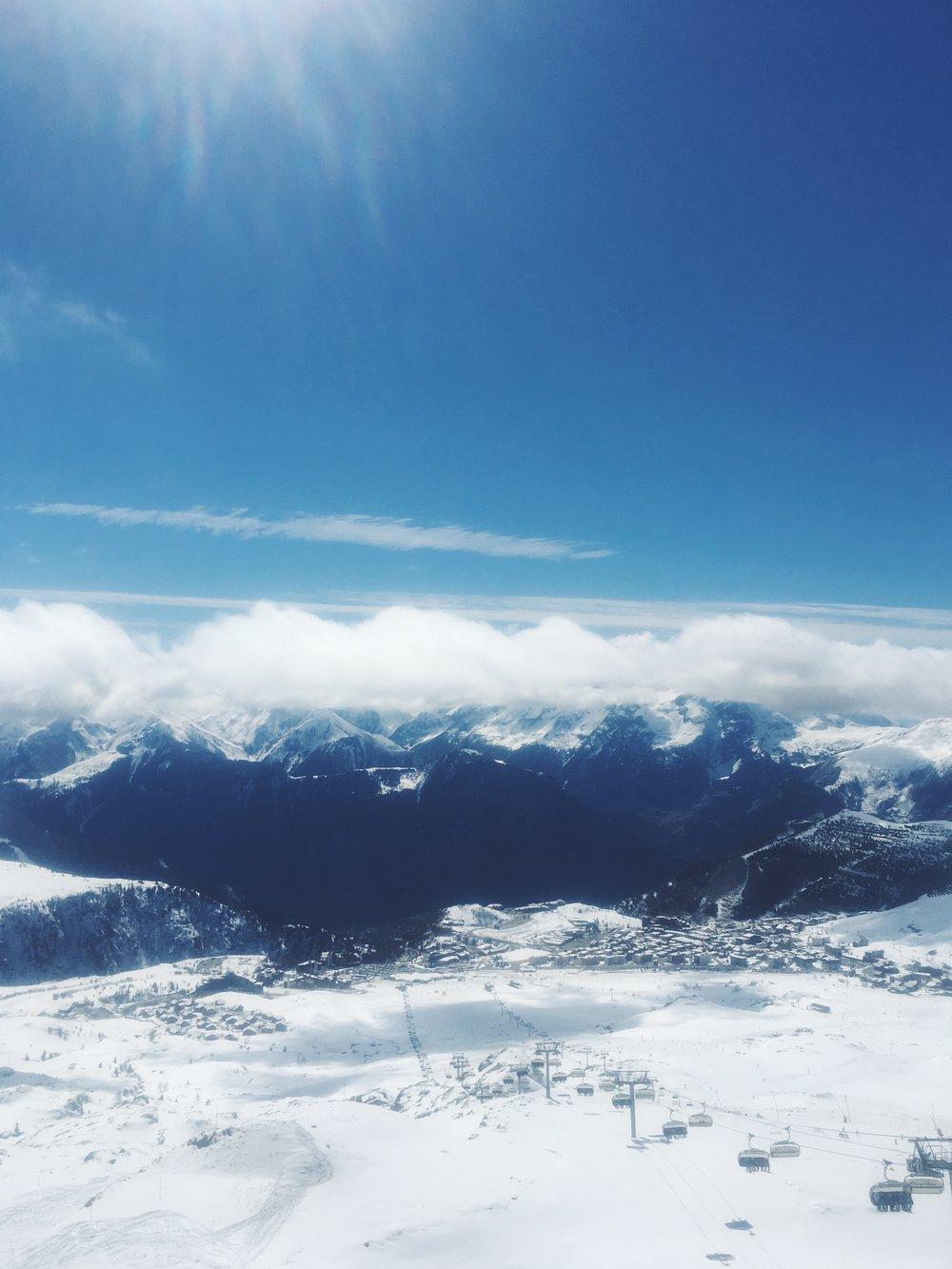 Alpe d'Huez delivering on sunny spring weather!