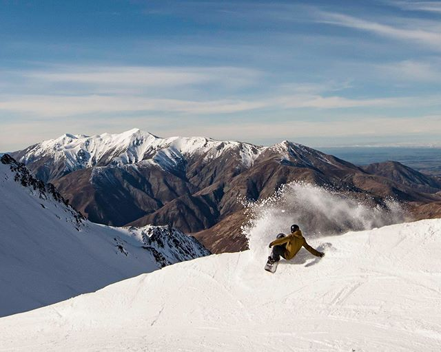 Here's some Monday motivation straight from the slopes of @portersnz!😃 - - - - - #butters #toastwithbutter #butterycrumpet #peanutbutter #isyourmuffinbuttered #canIbutteryourmuffin