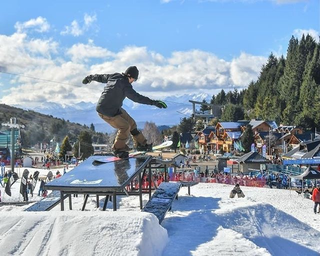 Picnic benches are being put to good use in Argentina!❄🏂 - - - - - #jib #slide #picnic #railjam #cerrocatedral #snowboard