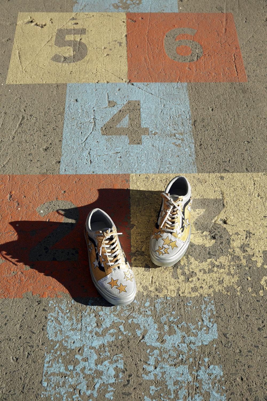 Dani_for_Who-leesa_kicks6.jpg